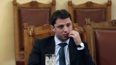 2 млрд. лева са дълговете на НЕК, призна Делян Добрев