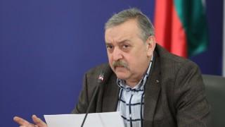 Проф. Кантарджиев: 25% е спадът на заразени с COVID-19 в София