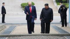 За първи път в историята, действащ президент на САЩ пресече границата на КНДР
