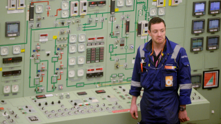 Най-скъпата атомна централа в света може да се превърне в голям проблем