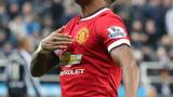Юнайтед си осигури услугите на бек-крило