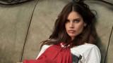 Сара Сампайо на корицата на юбилейното издание на Vogue Индия