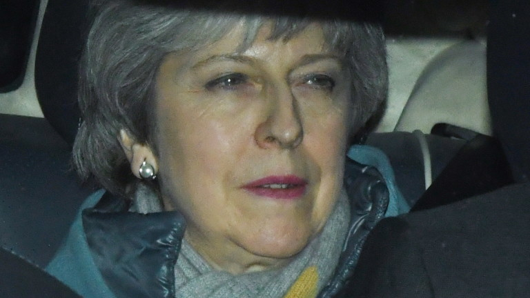 Министър-председателят на Великобритания Тереза Мей предупреди депутатите, ако не подкрепят