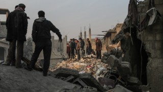 Сирийският режим защити кампанията в Идлиб, сряза Франция