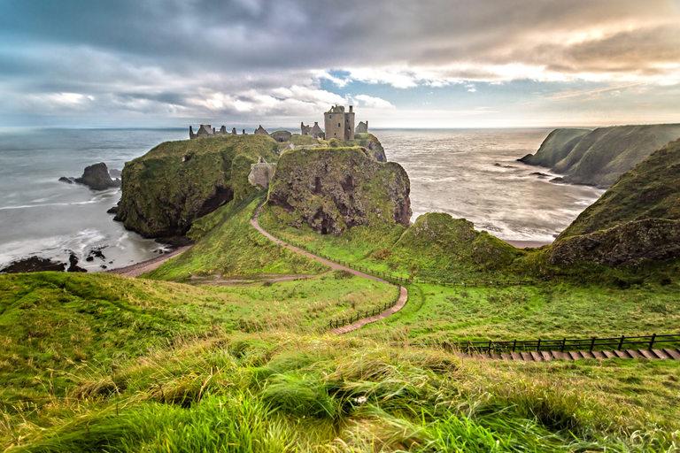 Северна Шотландия е дом на красиви гледки и много история.