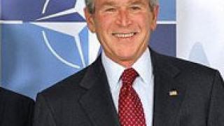 Буш обеща скорошно влизане на Македония в НАТО