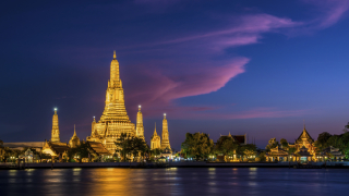 Тематичен търговски център за $275 милиона отвори врати в Банкок