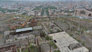 В Армения оставиха в ареста бившия президент Роберт Кочарян