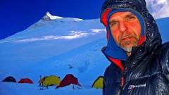 Спасителите, издирващи Боян Петров, не са се обадили в базовия лагер