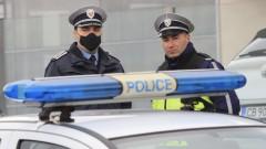 """Мъж прати за """"зелен хайвер"""", полицаи да търсят бомба в рейс"""