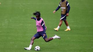 Цената на Камавинга пада, Реал и Юнайтед в битка за френския халф