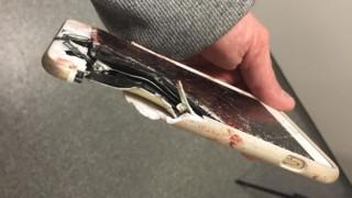 Телефон спасява живота на жена при атентата в Манчестър