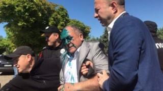 В болница е представител на българската общност в Украйна, бит от националисти