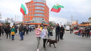 Жителите на Горубляне на протест, искат инфраструктурни промени