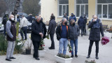 Стотици си взеха сбогом с Никола Спасов