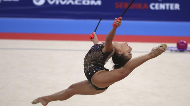 Катрин Тасева е лидер след първите два уреда за многобоя в Лисабон, Неви Владинова е втора