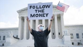 Върховният съд на САЩ нареди на Тръмп да предаде данъчните си декларации на прокуратурата