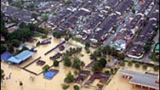 Наводнения продължават да измъчват Азия