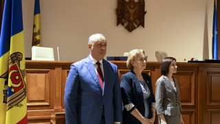Молдова като Венецуела - двама президенти и две правителства