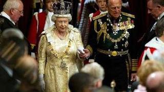 Не поканиха Блатер на кралската сватба в Англия