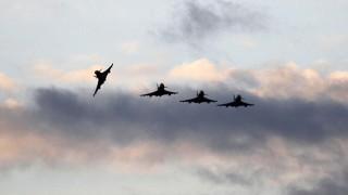 Британски изтребители прихващат руски военни самолети в Прибалтика
