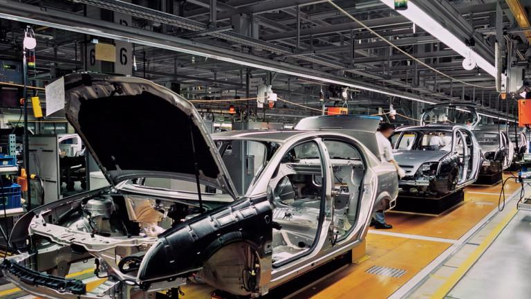 Доставчик на Ford, BMW и Mercedes с бизнес у нас наема 400 души в нова база в Румъния