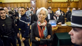Шефът на МВФ осъден в небрежност от френски съд