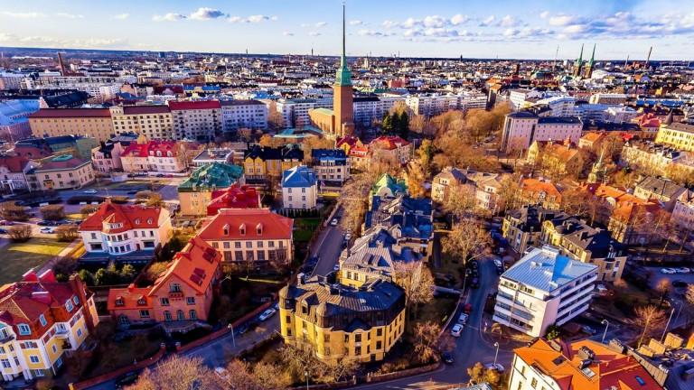 Финландия спешно търси около 30 финансови специалисти, които са добре