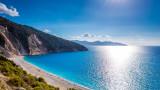 18 егейски острова вече са свободни от COVID-19