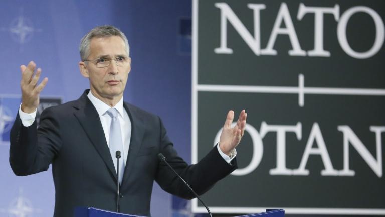 НАТО отново призова Русия да върне моряците и военните кораби на Украйна