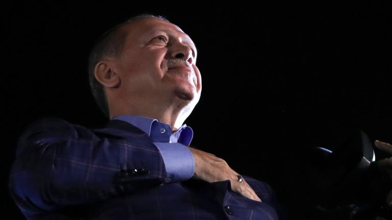 Опозицията в Турция оспорва решение на ЦИК за референдума