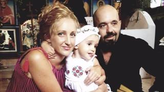 Момиченцето на Дичо и Карина стана християнче