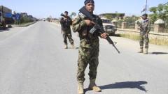 Загинали и ранени военни при атентат в Афганистан