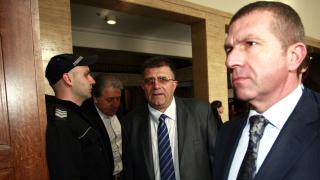 Съдия вбеси адвокат Менков, повишавайки му тон в залата