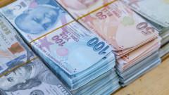 Турция задлъжнява по $1 милиард на месец, дефицитът скочи с 80%