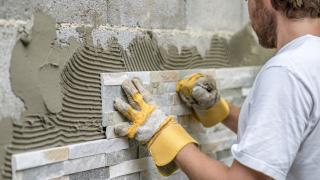 Как ремонтът на жилището може да намали данъците ни тази година?