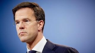 Интегрирате се или се махайте, настоя холандският премиер предизборно