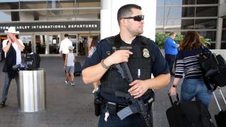 Силни шумове предизвикаха паника на летището в Лос Анджелис