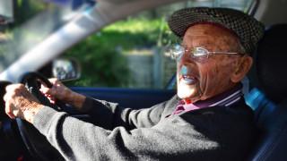 13% от българите над 64-годишна възраст са шофьори
