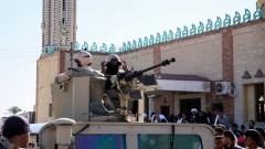 Задържаха мъж, опитал да взриви американското посолство в Кайро