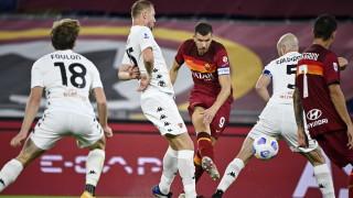 """Рома демонстрира голова мощ срещу """"вещиците"""" на Пипо Индзаги"""