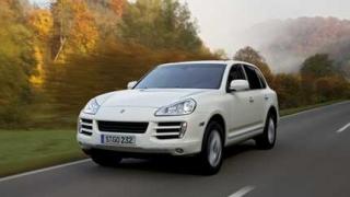 Porsche не смогва с поръчките за Cayenne
