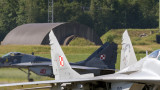 Медии съобщават за отвлечен полски военен самолет