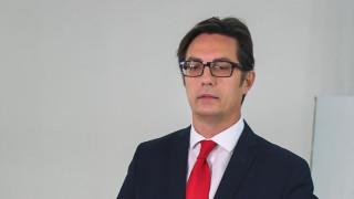 Пендаровски нетърпелив за среща с Вучич