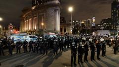 Протестите в САЩ стават все по-масови, но насилието намалява