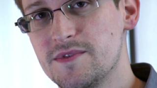Сноудън пита дали в Русия подслушват  гражданите, Путин се изплъзва