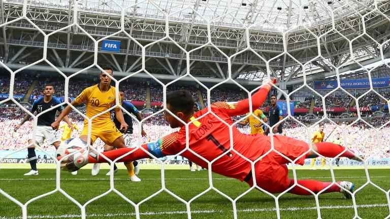 Франция 0 : 0 Австралия 52′ Източник: 51′ Няма и