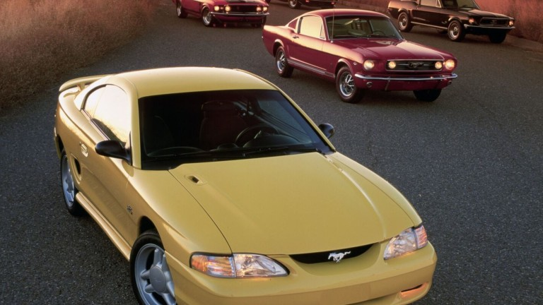 Ford Mustang GT Coupe от 1994 година