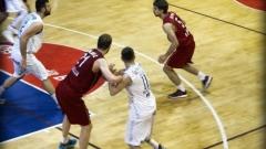 Рилецо среща Сигал на финала на Балканската лига