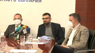 """За запазване на плоския данък, но за сваляне на данък """"дивидент"""" и """"уикенд"""" са от ВМРО"""